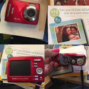 Cámara Digital Kodak 8 Megapixeles Modelo Easysharec122