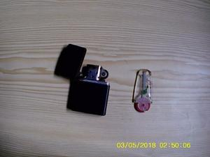 Zippo Original Con Tres Piedras De Repuesto