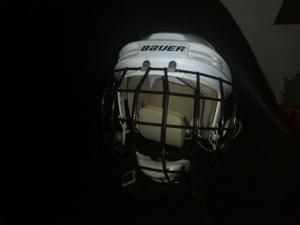 Casco Para Coleo O Hockey Marca Baver