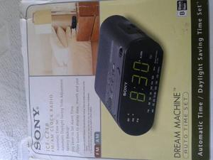 Radio Reloj Despertador Sony, Digital