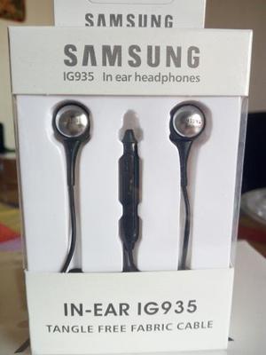 Audifonos Samsung In Ear Originales Color Negro Tipo Chupon