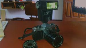 Cámara Pentax Con Flas Y Lente 70mm