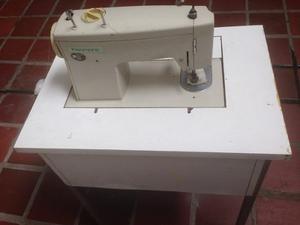 Maquina De Coser Marca Kenmore