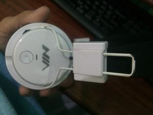 Audífonos Inalámbricos Vía Bluetooth Compatible Nia