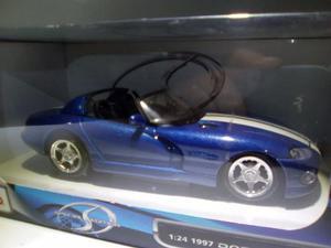 Carro A Escala Dodge Viper  (Totalmente Nuevo).