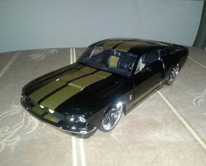 Ford Shelby Mustang  Escala 1/24 Colección Jada En Caja