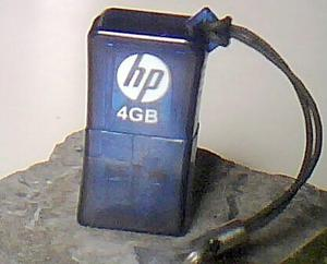 Pendrive Mini Hp 4gb V165w
