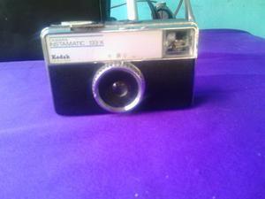 Camara Antigua Kodak Instamatic 133-x.