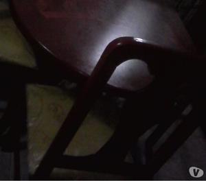 Juego de comedor 4 sillas de madera