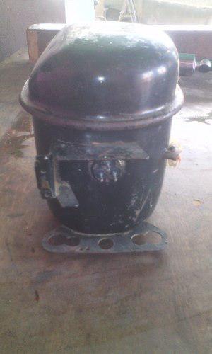 Motor De Nevera De 1/4 En Baja Con Condensador