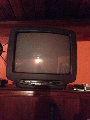 Televisor Pantalla Negra De 14 Pulgadas. Marca Sanyo