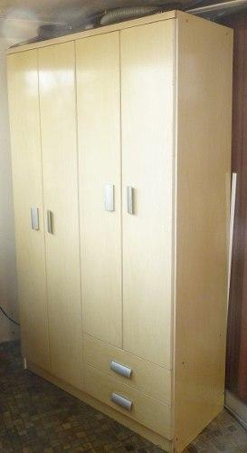 Closet Escaparate / Se Encuentra En Caracas