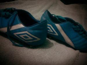 Zapatos Tacos De Futbol Marca Umbro Talla 38