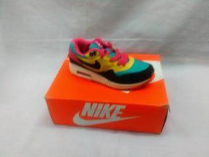 Nike Hurache De La Talla 35 Ala Talla 40