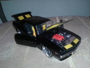 Chevy Camaro Z Escala 1/24 Colección Jada En Caja