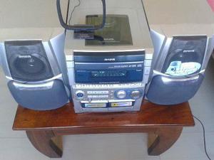 Equipo De Sonido Aiwa Para Reparar C/ 2 Cornetas Y Control