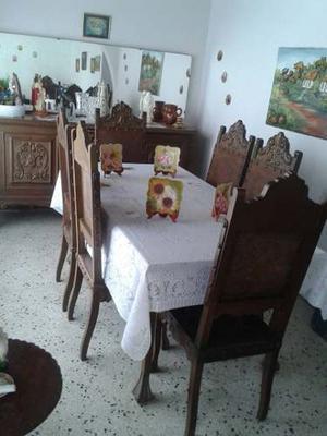 Juego De Comedor 6 Sillas + Seibo Con Espejo Y Gavetero