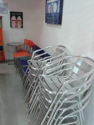 Sillas Y Mesas De Aluminio Poco Uso Se Vende Lote Completo