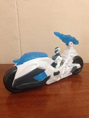 Max Steel Con Moto