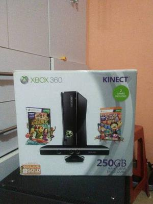 Xbox 360 Kinetic 250 Gb 2 Controles 6 Juegos Originales.