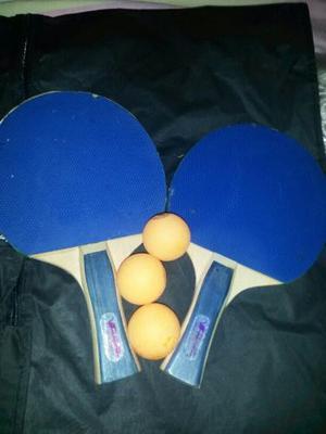 Raquetas De Tenis De Mesa Y 3 Pelotas.