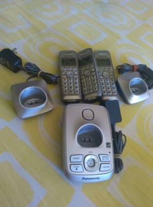 Juego De Tres Telefonos Panasonic Con Su Central
