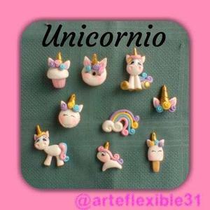 Apliques De Unicornio En Masa Flexible