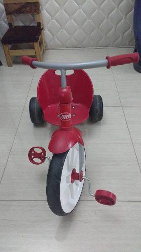 Triciclo Marca Radio Flyer