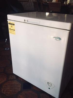 Congelador Freezer Emerald 195 Litros