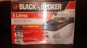 Nevera Portátil Para Carro De 6 Litros Marca Black & Decker