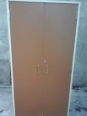 Estante Con Puertas En Formica