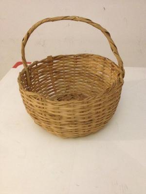 Vendo cesta de Mimbre