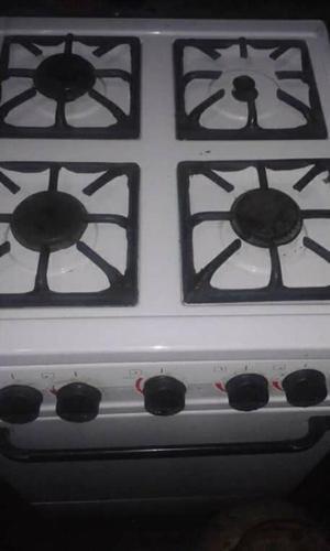 Cocina con Bombona Y Regulador