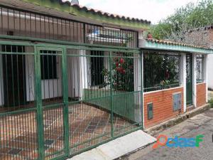 Vendo Casa en Urb. La Esmeralda 18 02005