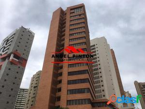APARTAMENTO VENTA AVENIDA 5 DE JULIO MARACAIBO API 2402
