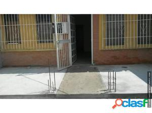 Casa en Venta El Trigal Cabudare 18-7003