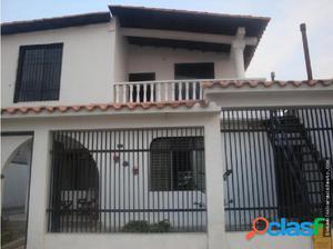 Casa en Venta Los Pinos Cabudare 18-3050