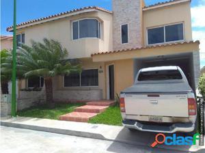 Casa en Venta Los Samanes Cabudare 18-8095