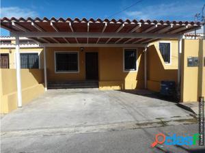 Casa en Venta Villa El Amanecer Cabudare 18-10327