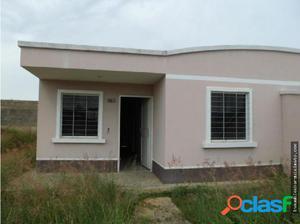 Casa en Venta Zona Norte Barquisimeto 18-12284