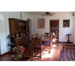 Se Vende Casa en Urb. Lomas del Este, Valencia