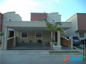 casa en venta en zona este #17-15376