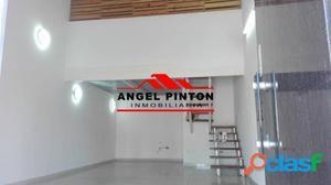 LOCAL COMERCIAL EN ALQUILER AVE. PADILLA MARACAIBO API 2439