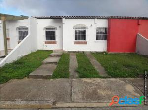 Casa en Venta Cabudare Los Cerezos Flex18-10022