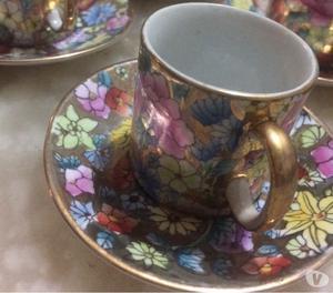 Bello juego de tazas en porcelana china