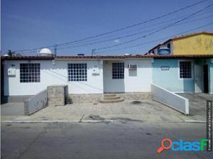 Casa en Venta en Cabudare Flex18-7648