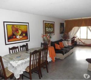 Apartamento en Venta Av. Ayacucho Maracay Aragua MJ 18-11717
