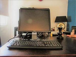 Monitor 17 Y Teclado Marca Dell