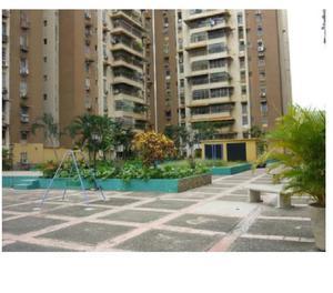 Apartamento en Venta en Urb Parque Aragua, Maracay 18-15162