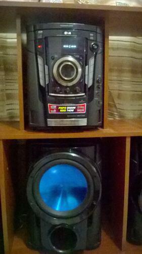 Equipo De Sonido Lg Pmpo 8000w Y Su Mueble
